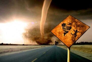 18 Ağustos: Kova Dolunayı: Gelen Fırtına