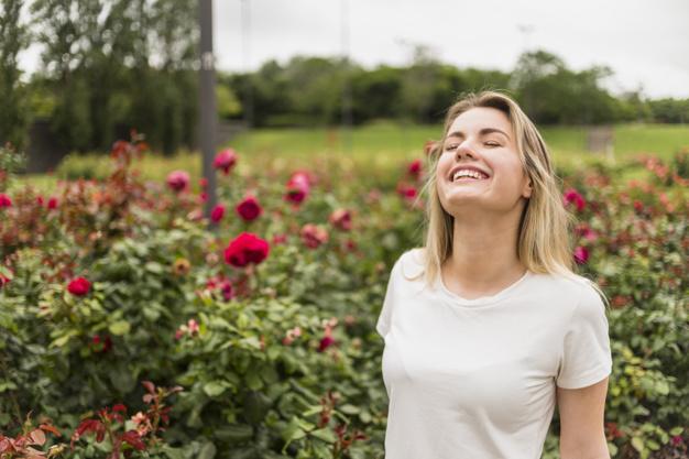 Her Kadının Ruhu Bir Çiçek'tir