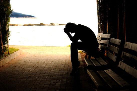 Düşünmek, deneyimlemek, yorum yapmak ve acı çekmek