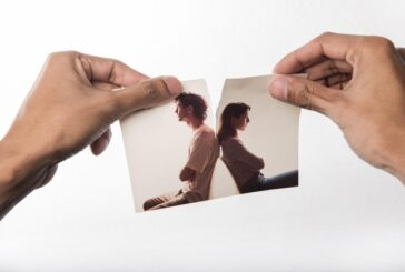 Neden Terk Ediliyorum? İlişkilerde Kıskançlık Nasıl Aşılır?