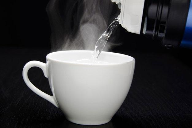 Sıcak su içmenin şifası