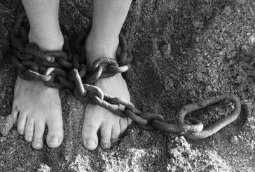 Esaretinin ve zincirlerinin farkında mısın?