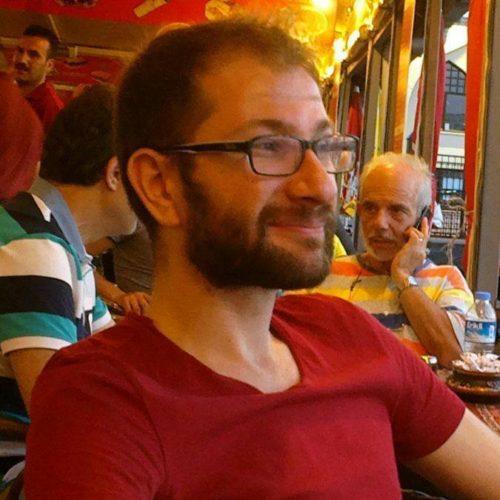 avatar for Hüseyin Akdağ