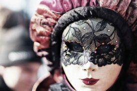 Ağır maskelerimiz