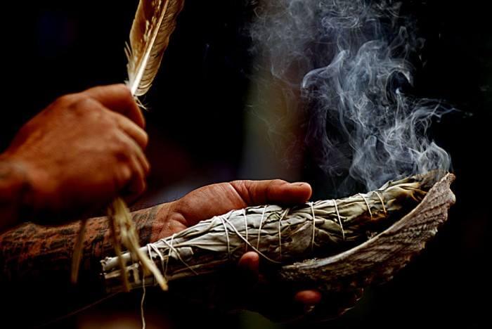 seremoni dumanı tütsü