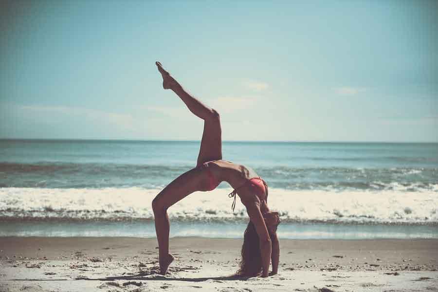 Bacağını Kafana Koydun Mu? Yogacı Oldun Mu? Hayır olmadın!